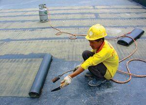 Chống thấm trần nhà tại quận Long Biên