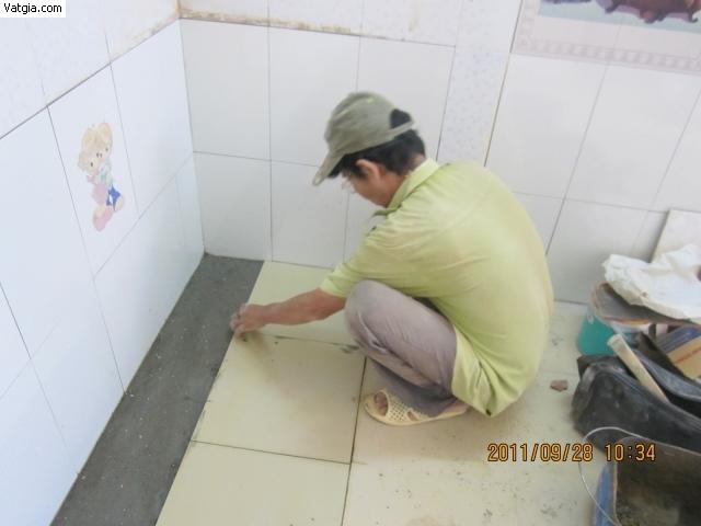 Chống thấm dột tại Khâm Thiên
