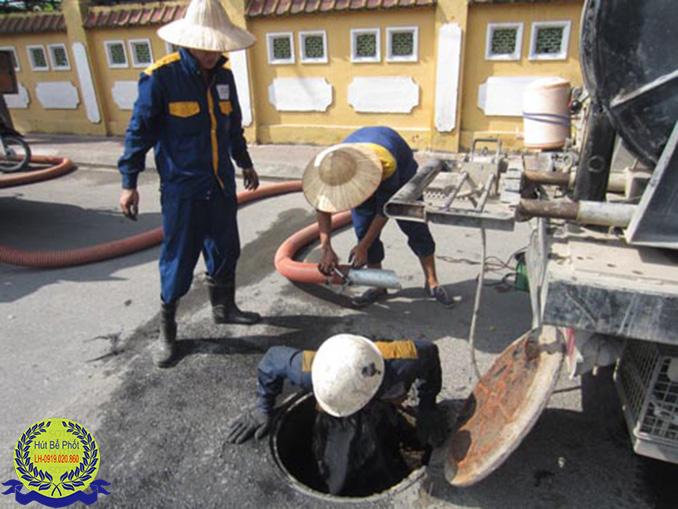 Thông tắc cống tại Lê Hồng Phong Giá Rẻ 100K/m 0979.227.098